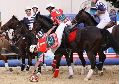 Jouer au Horse ball