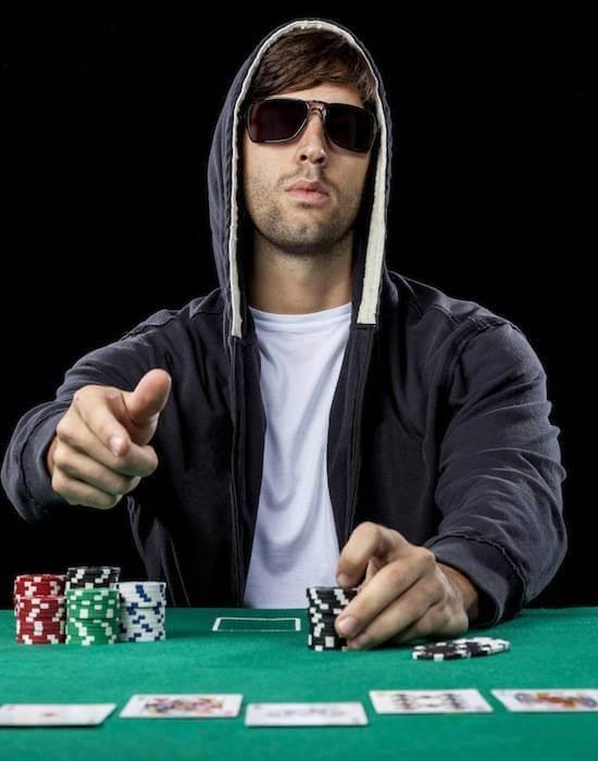 Hold em casino 16