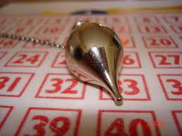superstition loto pendule